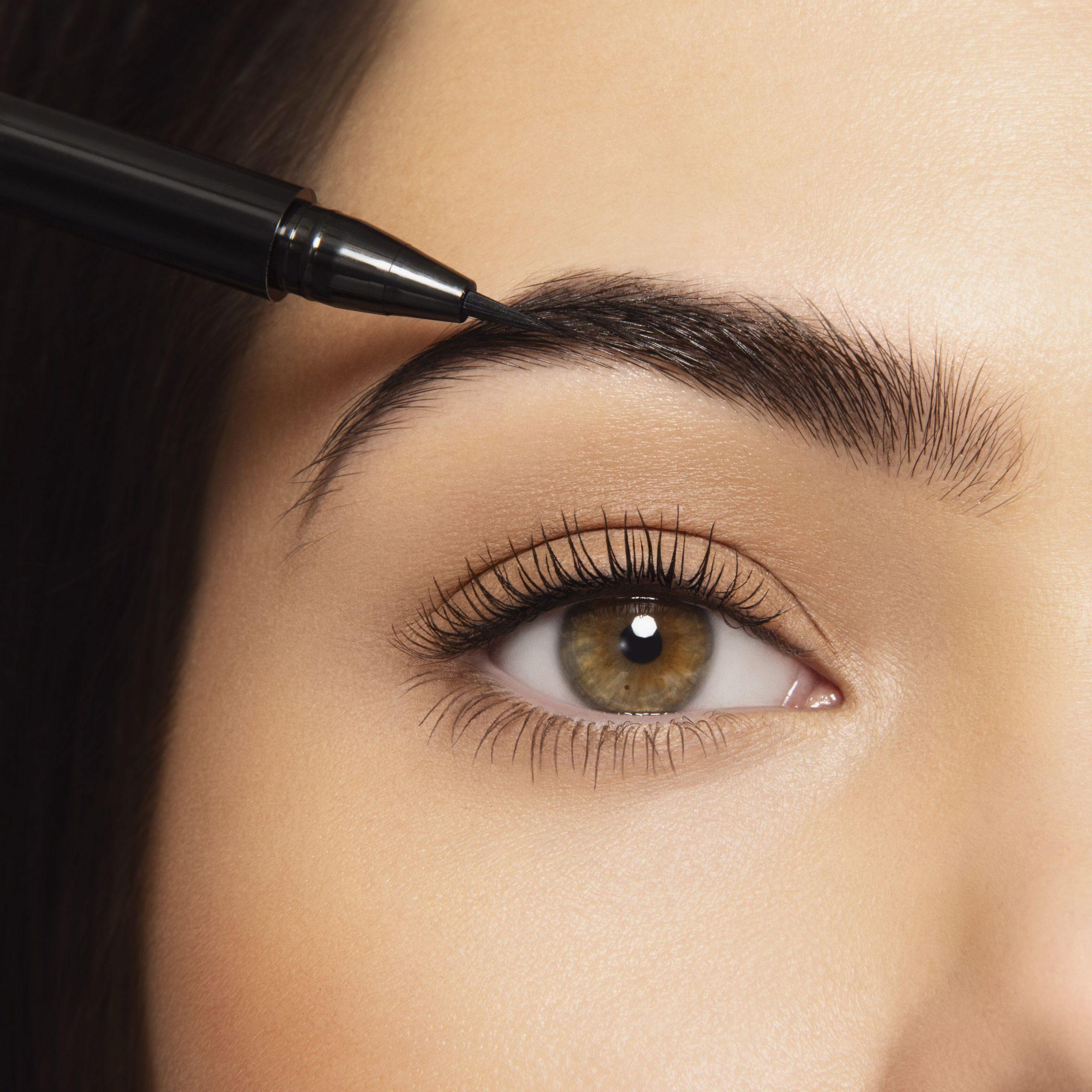 delinea unas cejas perfectas con brow